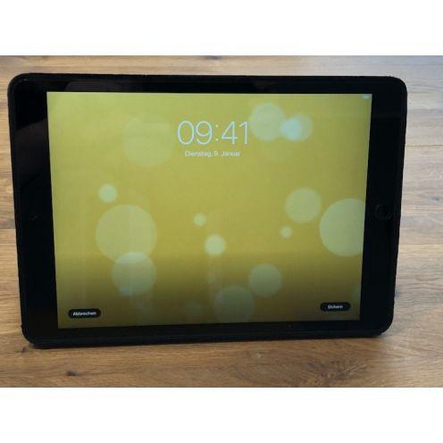 "Apple iPad (10,2"")"